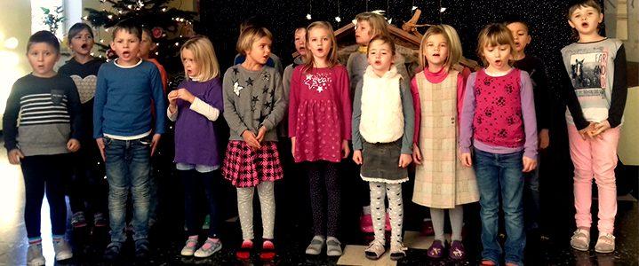Grundschule Raisting, Presse, Beitragsbild, Advent-Klasse-1, Werteerziehung, 719x300, Foto: Reuther